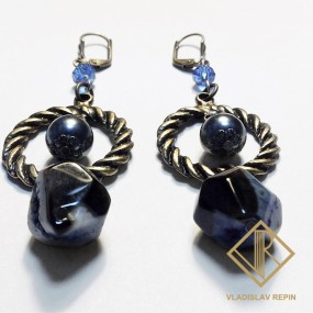 Серьги с синим агатом и жемчугом — 15 000 руб